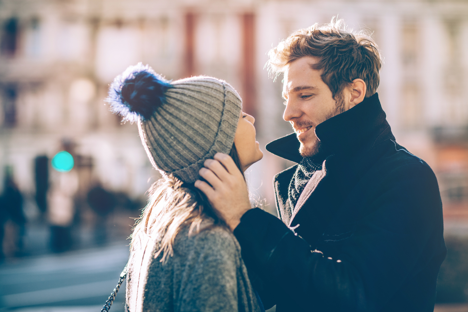 The Power of Eye Contact in Love and Dating